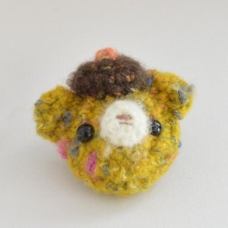 Bear brooch | mustard