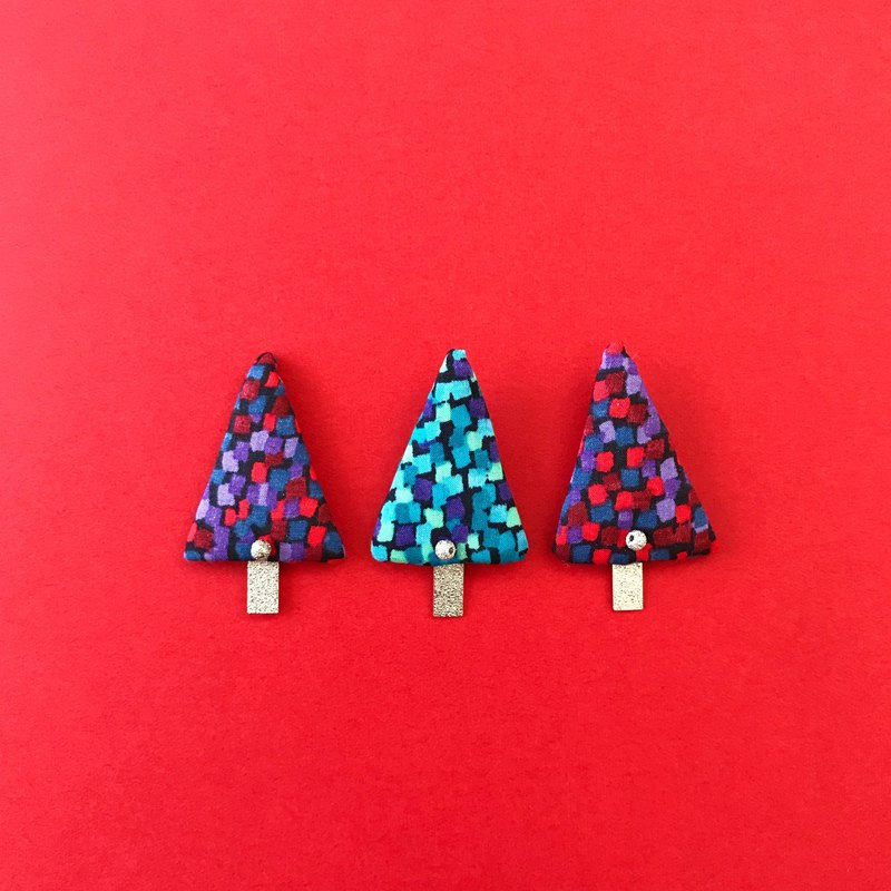Christmas tree / Brooch