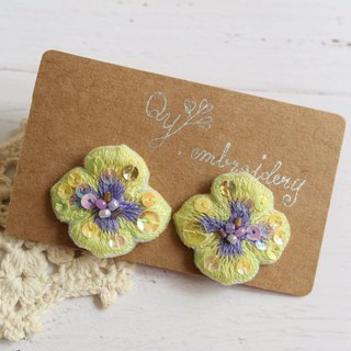 Qy' s  hand embroidered floral earrings yellow and blue purple earrings