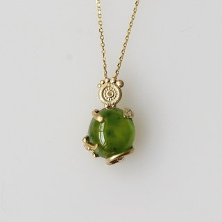Eyed Grace (vesuvianite) snake and leaves K10 necklace BATU (Batu)