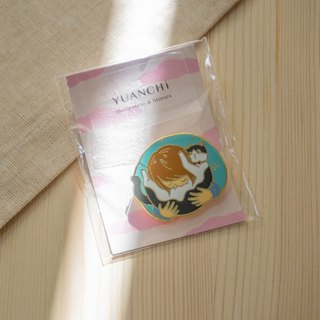 Smell Cat Pin