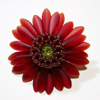 "Gerbera Brooch ""garnet red"""