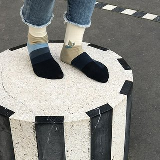 socks_sealine/ irregular / socks  / grid