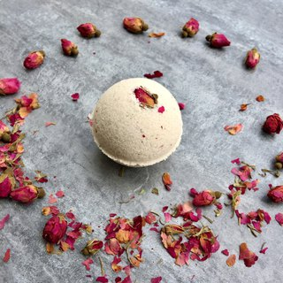 Rose geranium bath bomb / bath / essential oil bath / maintenance skin / rose / woman favorite