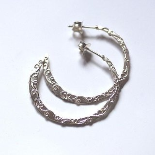 Hoop Pierce Earrings light