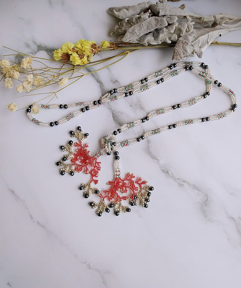 Red coral Japanese beaded design jewelry exquisite long necklace sweater chain gift