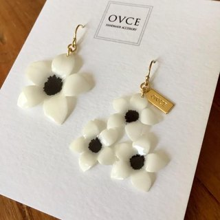 [Renewal] white anemone earrings
