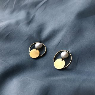 Brass Ring Pearl and Brass Earrings