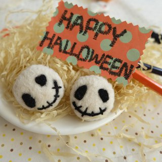 Sleeping original handmade Happy Halloween [Little Devil] brooch / refrigerator stickers
