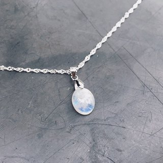 (Ofelia.) Natural Stone Series Natural Moonstone Sterling Silver Necklace (Unique One) (J118.Anne)