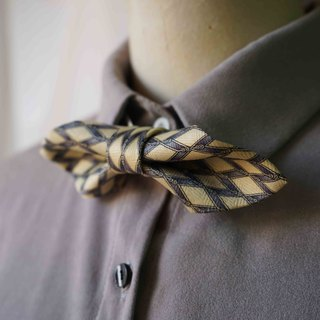 Papa's Bow Tie- Antique Cloth Tie Tie Handmade Bow Tie - Diamond Goose Yellow - Wide Edition