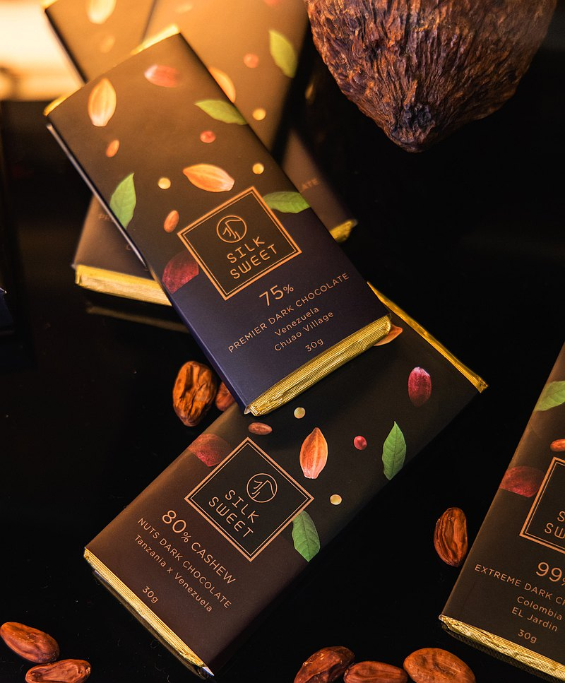 Dominican Emerald Manor│82% Organic Dark Chocolate-Limited Series
