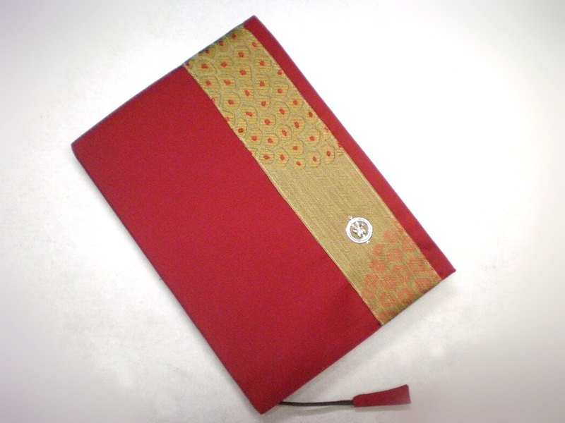 Exquisite A5 cloth book (the only product) B02-004