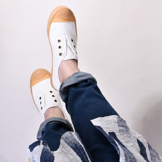 Casual shoes - FREE+ cream white