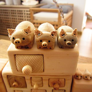 Miniature chest of drawers with pigs, Wood carving, Wooden box, Made to Order
