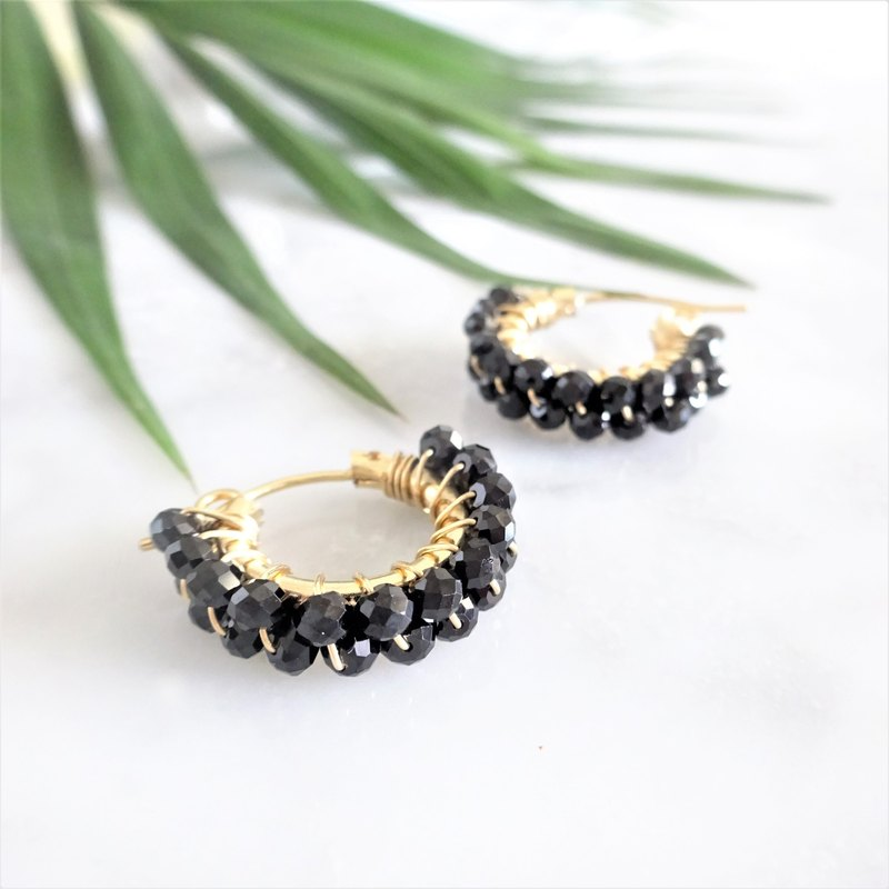 14kgf Black Spinel*wrapped hoop pierced earring / earring