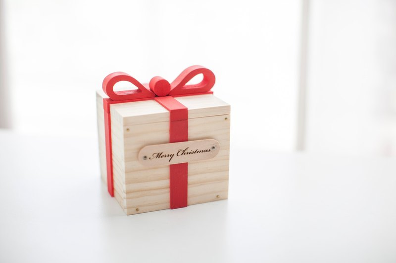 Customized Chinese Valentine S Day Birthday Gift Log Hand Gift Box Custom Name Lettering Small
