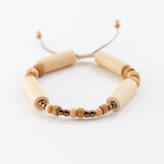 Natural wooden beads string bracelet