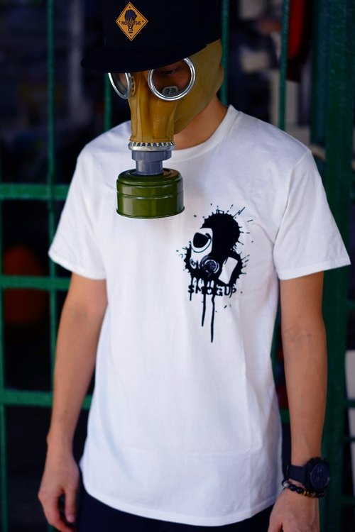 SPLASH INK GAS MASK - WHITE TSHIRT