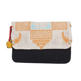 CROSS STITCH CLUTCH WITH REMOVABLE STRAP BAG