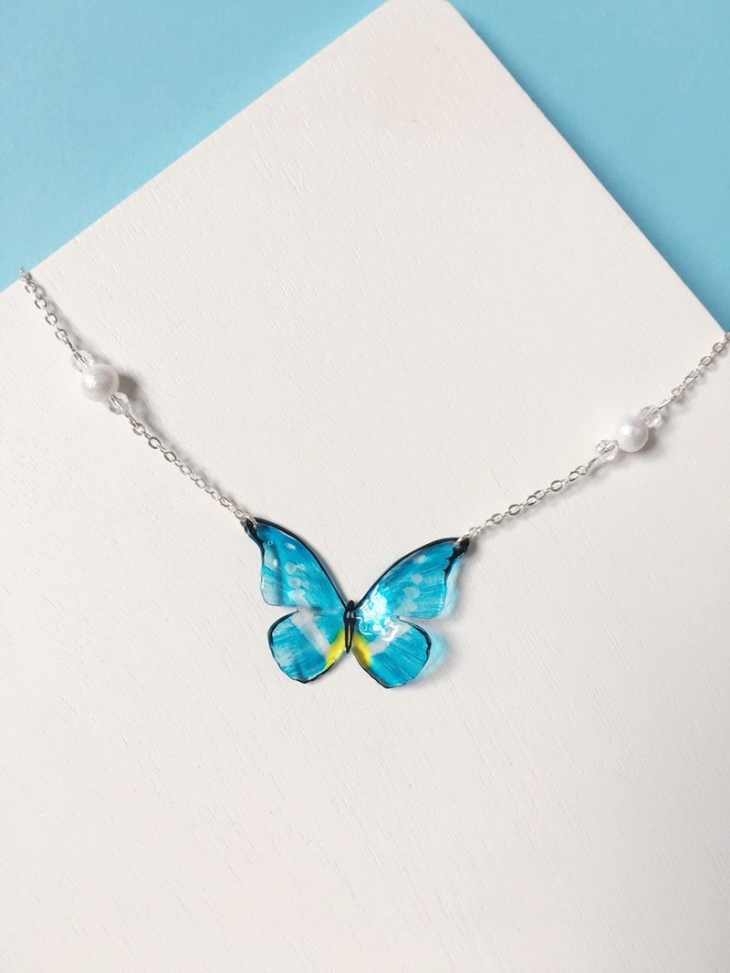 * Haku‧Neko * Bright Blue hand-painted butterfly cotton beads necklace