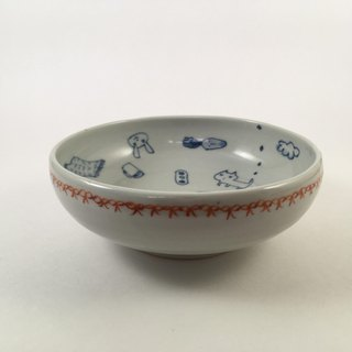 bowl with red line