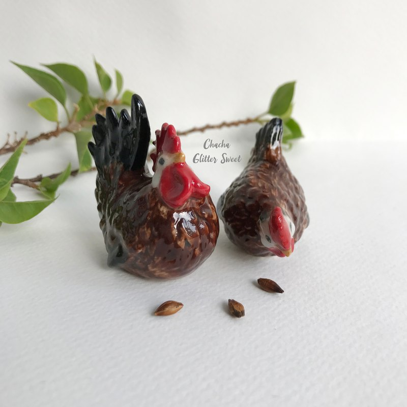 Twin chicken - Tiny animal figurine