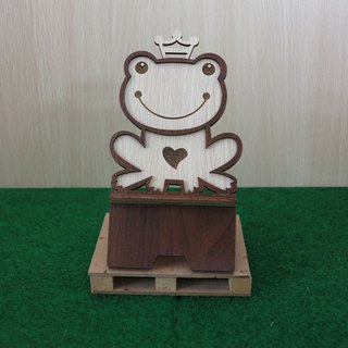 Taiwan stack [customization - color pattern lettering can be replaced] wood mobile phone holder - frog prince phone holder / decorations / business card holder / gift / gifts / mobile phone accessories / stationery