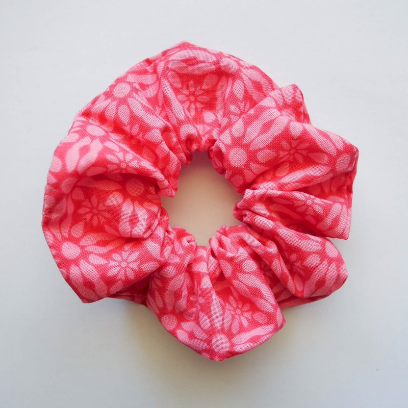 Pink flowers hair ring