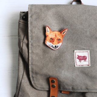 Animal embroidery pin / brooch - fox