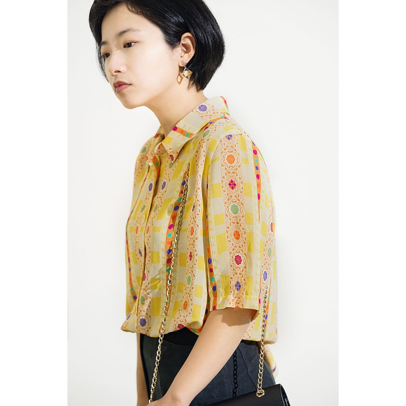 Fun / Japanese vintage short-sleeved shirt