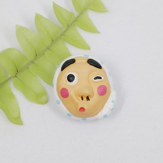 Japanese fire male mask brooch (pin / magnet) | hand | animal | accessories | jewelry |