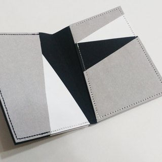naturaism black & white washable kraft paper card holder