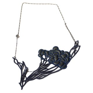 Leather embossed three-dimensional embroidery necklace