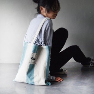 Blue straight dyed - Canvas hand dyed Tote bag back