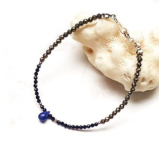 <Light Mature Female Series - Listening > Lapis Lazuli Drops X Gold Ore Cuts x Black Spinel 925 Sterling Silver Bracelet