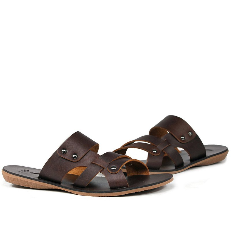 Temple Xiaoliang goods will be stylish leather casual sandals and slippers coffee