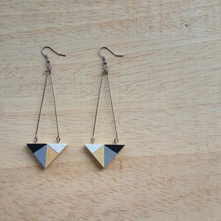 Wooden triangular earrings
