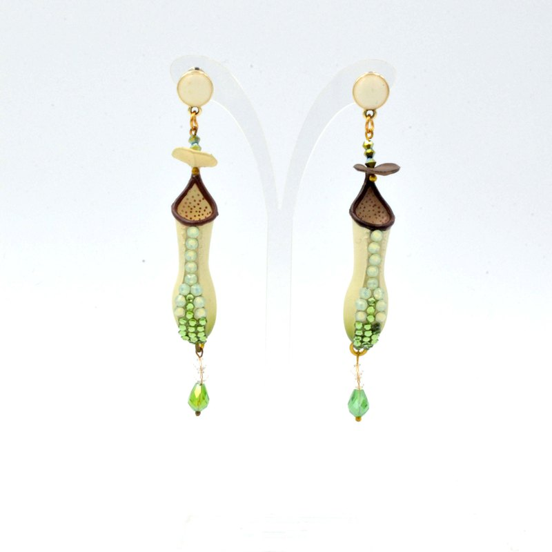 Powder green pitcher earrings with Swarovski crystals