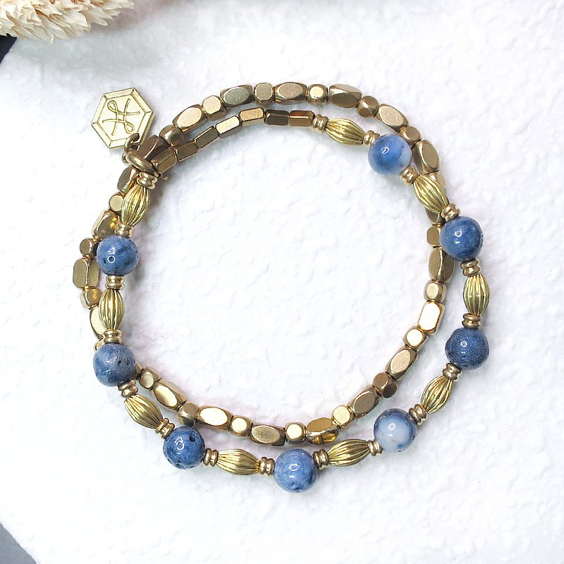 VIIART. Accompany. Blue coral two-piece detachable brass bracelet