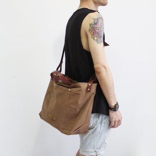 Original hand made - Vintage camel brown canvas bag handbag Messenger bag neutral wind