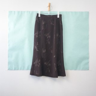 ... {Acorn girls :: vintage skirt half brown foggy sense of half floral skirt