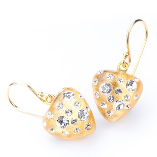 【Dutch Zsiska】 strawberry core series Swarovski heart-shaped diamond earrings hook earrings