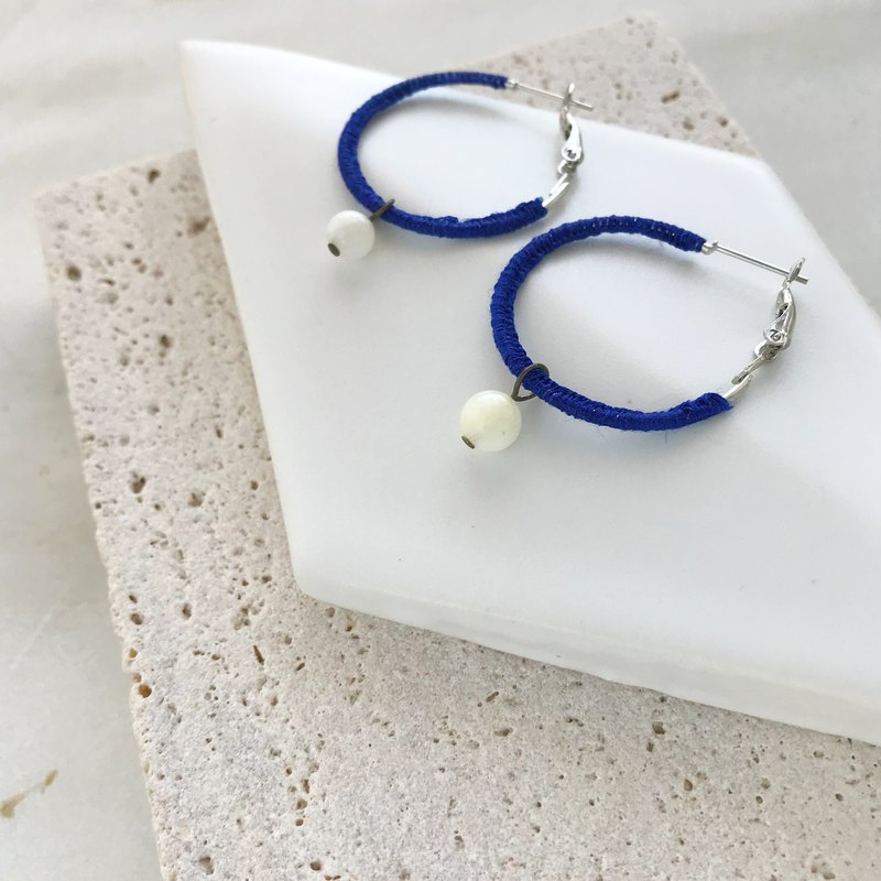 """Blue and white"" Linen and coral hoop earrings"