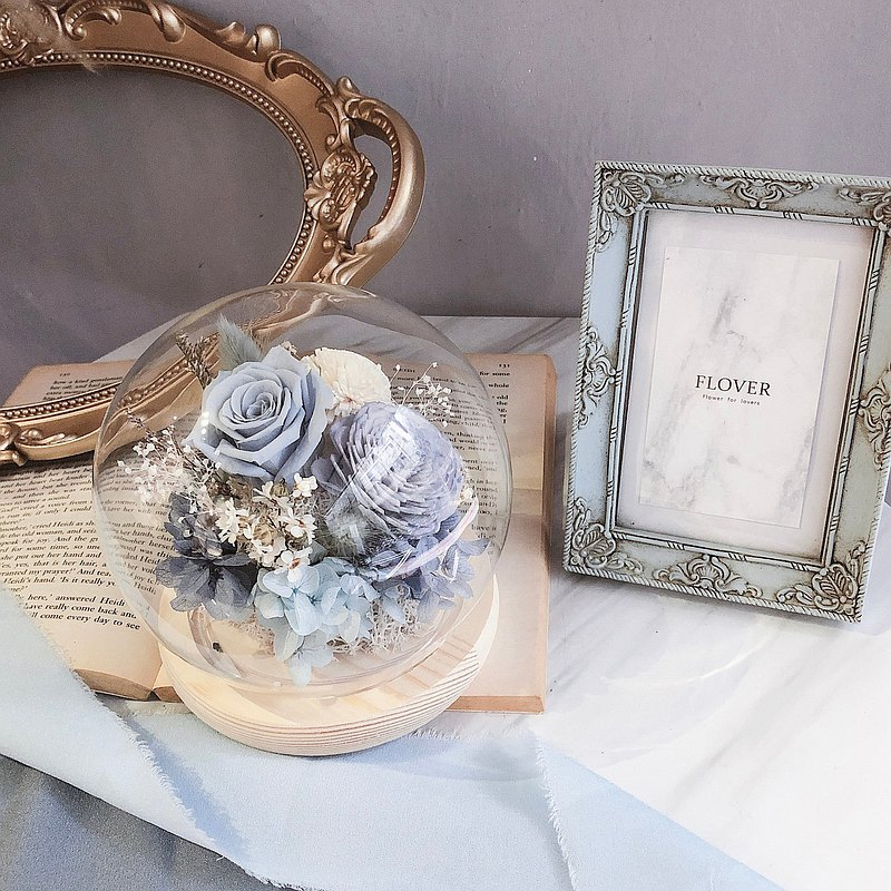 Gray blue glass ball flower cup