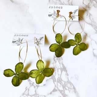 Slim hydrangea hoop earrings*Green*