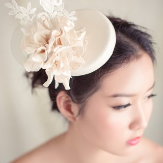 Ivory white leather mini pillbox hat