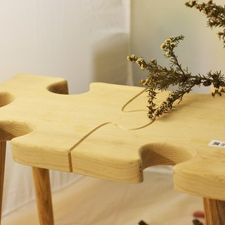 Hand Wood puzzle shape bench (small chair) can be spliced. Once bought two more and double the number of stores.