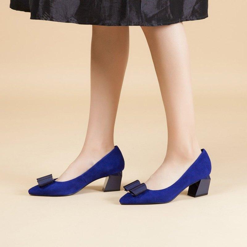 零碼-【時尚伸展台】大蝴蝶結全真皮幾何造型跟鞋_名媛寶藍