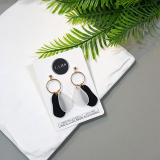 Color block equation - personality black ear / ear clip handmade earrings Korea direct